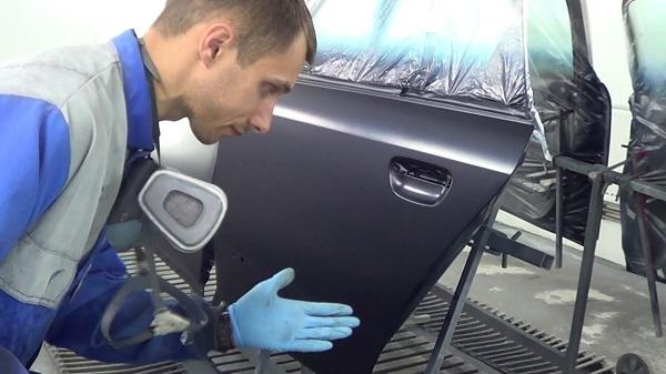 Покраска и восстановление кузова Ауди А4 в Москве СВАО