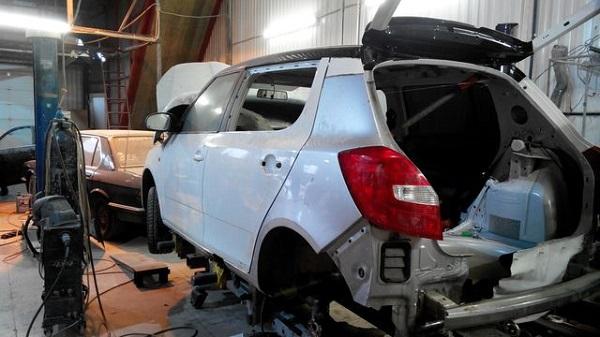 Восстановление кузова и покраска авто Skoda Fabia 1, 2, 3 недорого в Москве